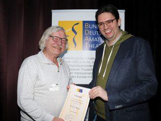 BDAT ehrt Günter Gräbner mit der Goldenen Maske